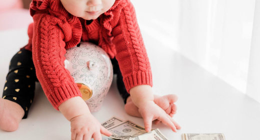 4 Things to Look for When Choosing A Bank Account for Your Child