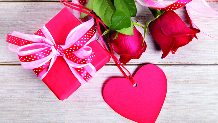 15 Tips to Save Money on Valentine's Day