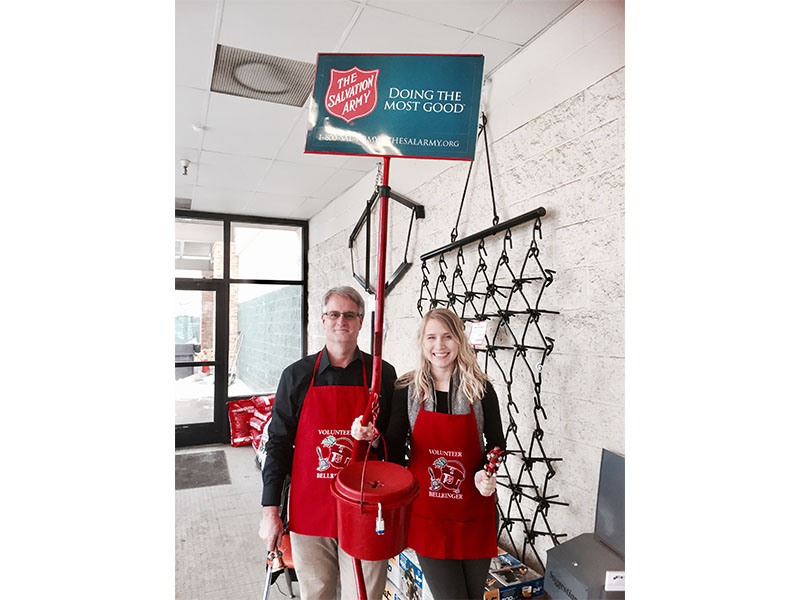 Wayne Bruns & Hannah Lenius Ringing Bells for the Salvation Army 2016