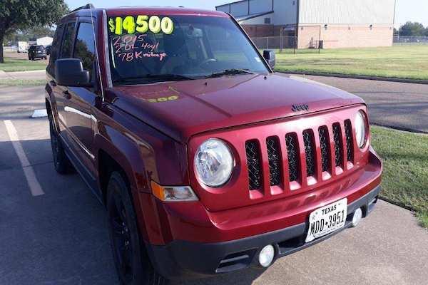 2015 Jeep Patriot Altitude (Red)