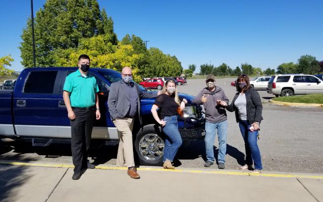 Valley Donates Truck to ZooMontana